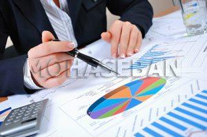 عوامل مؤثر بر ارائه گزارشهای مالی غیر واقعی