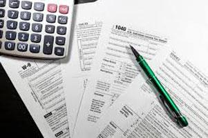 نکات استاندارد 2410 (بررسی اجمالی اطلاعات مالی میان دورهاي توسط حسابرس مستقل واحد مورد تجاري) هدف 1. هدف این استاندارد، ارائه استانداردها و راهنماییهاي لازم در ارتباط با مسئولیتهاي حرفه اي حسابرس و شکل