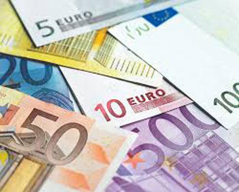 ضوابط تامین و انتقال ارز شرکت های حمل و نقل بین المللی ابلاغ شدبانک مرکزی در بخشنامه ای به شبکه بانکی در راستای سیاست جدید ارزی ضوابط تامین و انتقال ارز