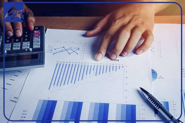 نقش مشاور مالی در طراحی سیستم مالی شرکت